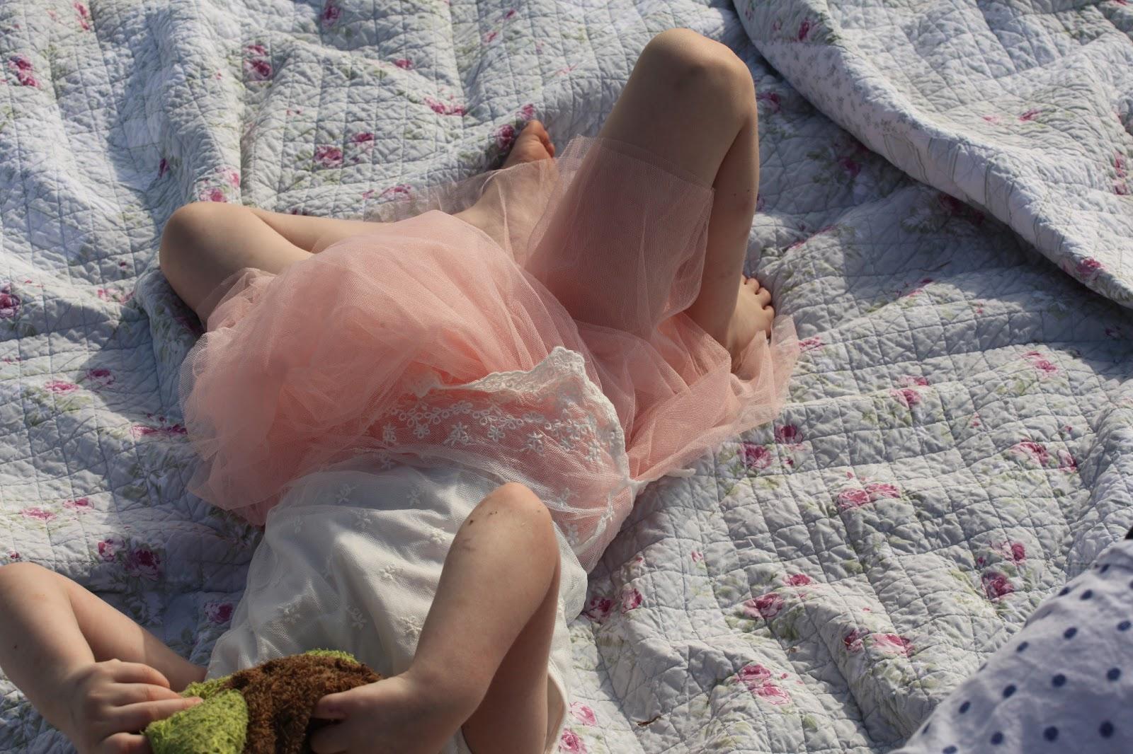 Imgsrc Girl Ru Nude Toddler