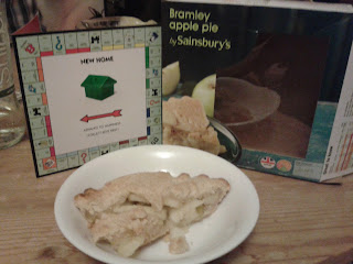 Bramley Apple Pie by Sainsbury's
