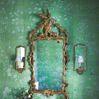 d co tableau personnaliser son int rieur le vert meraude en 2013 une vraie invitation au. Black Bedroom Furniture Sets. Home Design Ideas