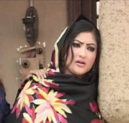 Salma Shah Six Video http://pak-showbiz.blogspot.com/2011/10/pashto-drama-actress-salma-shah-sad.html
