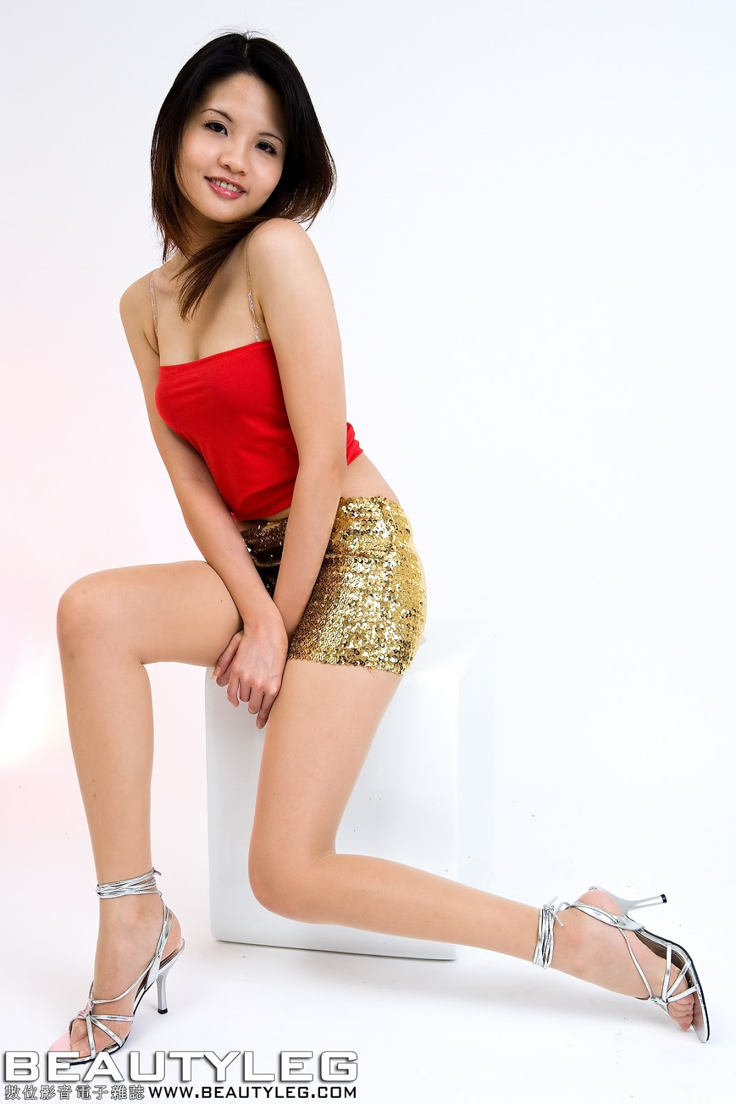Tight mini skirt asians, - 21 Pics - xHamstercom
