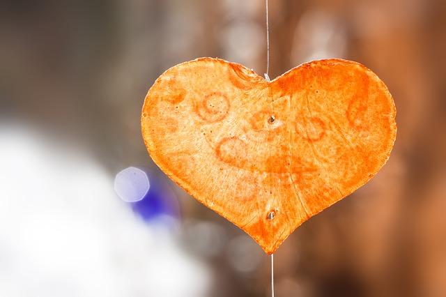 Cinta adalah Anugerah