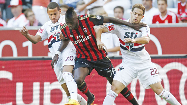 AC Milan vs Sao Paulo