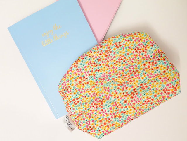 What I Got For Christmas Presents 2015 kindle case chroma stationery note book maggs london makeup bag