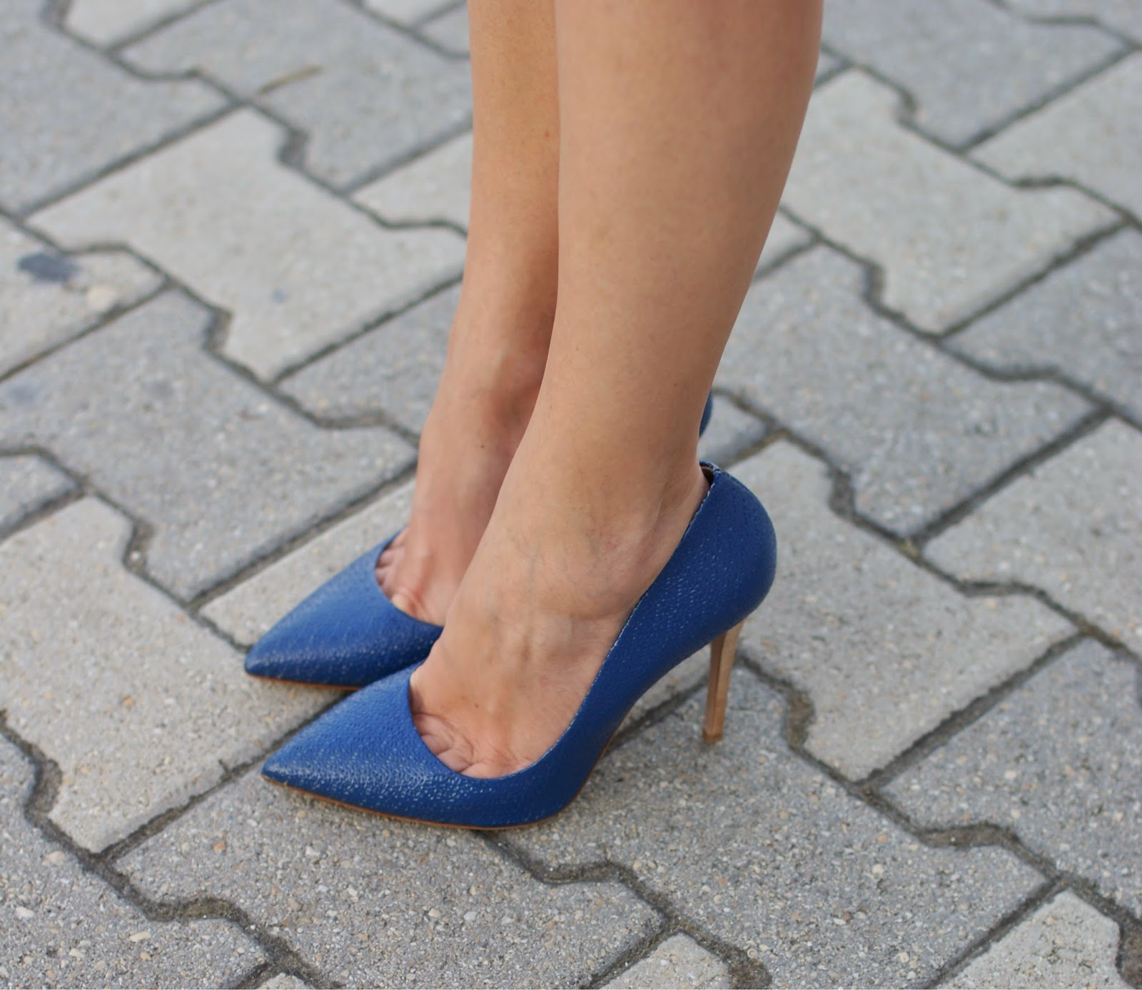 Sergio Levantesi shoes, blue pumps, Fashion and Cookies, fashion blogger