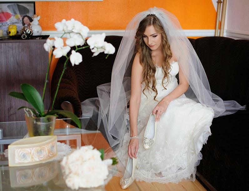 elegantiškos nuotakos suknelės panevezyje