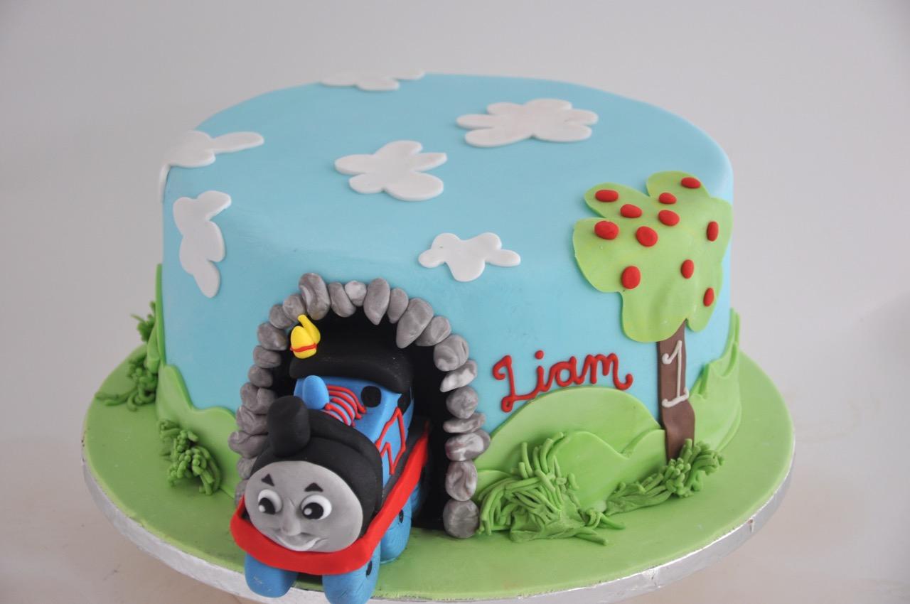 Rozannes Cakes Thomas The Train Cake