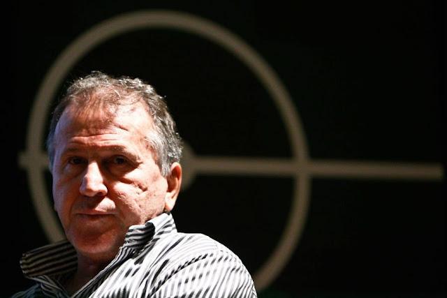 Ídolo do Flamengo lembra que foi secretário de Esportes no governo Collor (Foto: Fernando Dantas/Gazeta Press)