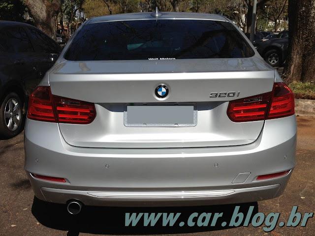 BMW 320i 2013 - lanterna