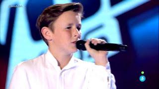 José María canta Dígale de David Bisbal la voz kids