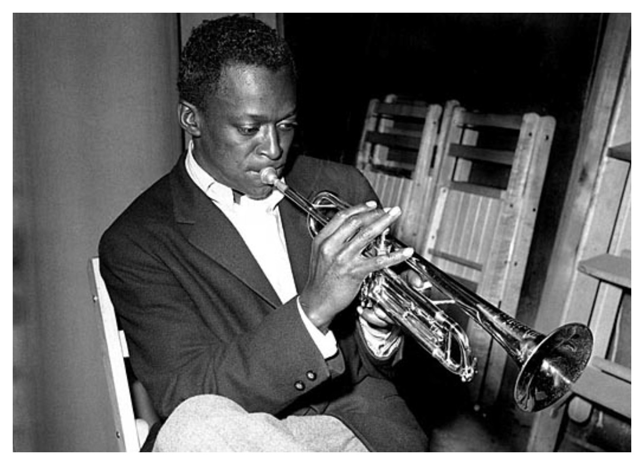 """miles davis essay In early 1959, jazz trumpeter miles davis laid down the foundation for a whole new style of jazz music through his """"kind of blue"""" modal jazz was born."""