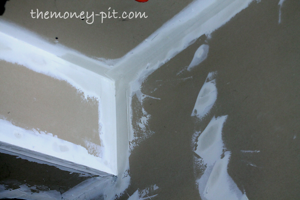 garage drywall hot mud vs premixed joint compound the kim six fix. Black Bedroom Furniture Sets. Home Design Ideas