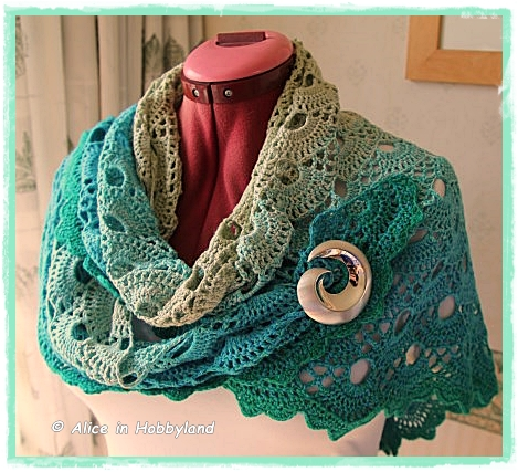 Alice in hobbyland duitse jacobsschelp shawl - Patroon effent ...