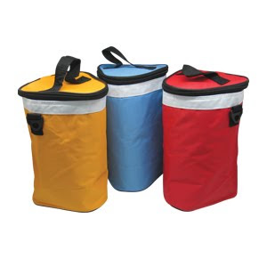 "CENTRUM LINK - ""ARC Triangular 6-Cans Cooler Bag"" - Code 2325"