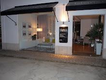 A nossa loja - Our Shop.