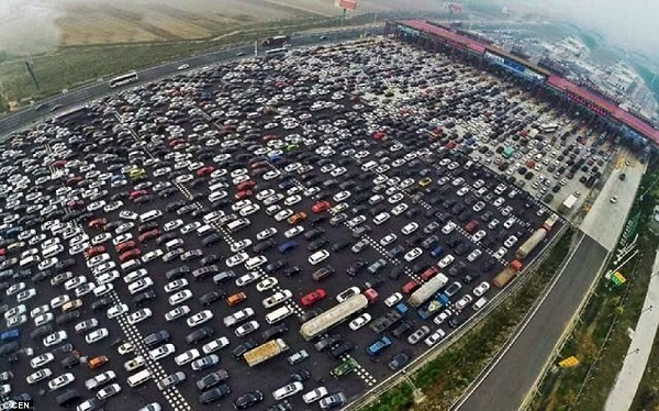 Insane Chinese traffic jam, Is this world's worst traffic jam ever?
