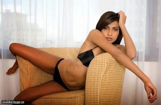 Michelle maneesha Perera black bikini