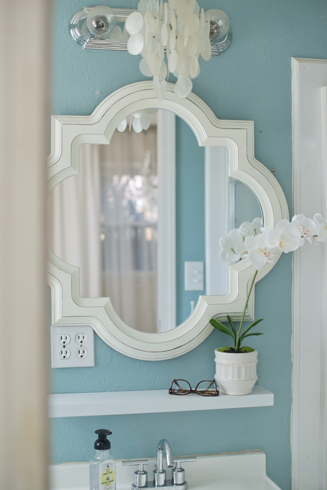Domestic fashionista my paint colors for Master bathroom paint colors