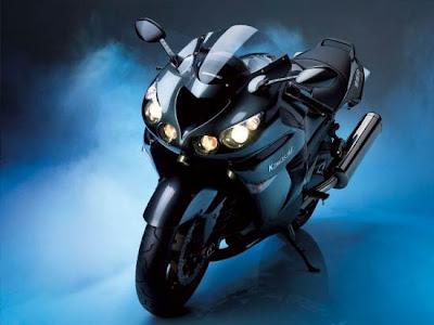. Kawasaki Ninja ZZR 1400: 299kph