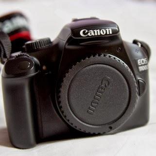 camara reflex canon eos 1100d.