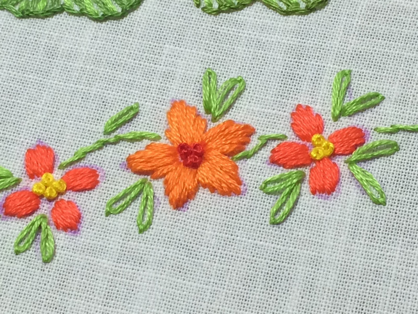 Mooshiestitch Satin Stitch Flower