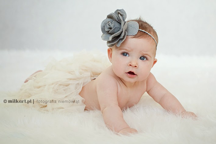 Sesja zdjęciowe dziecka, fotografia dziecięca, zdjęcia maluszków, fotografie rodzinne, profesjonalne studio fotograficzne
