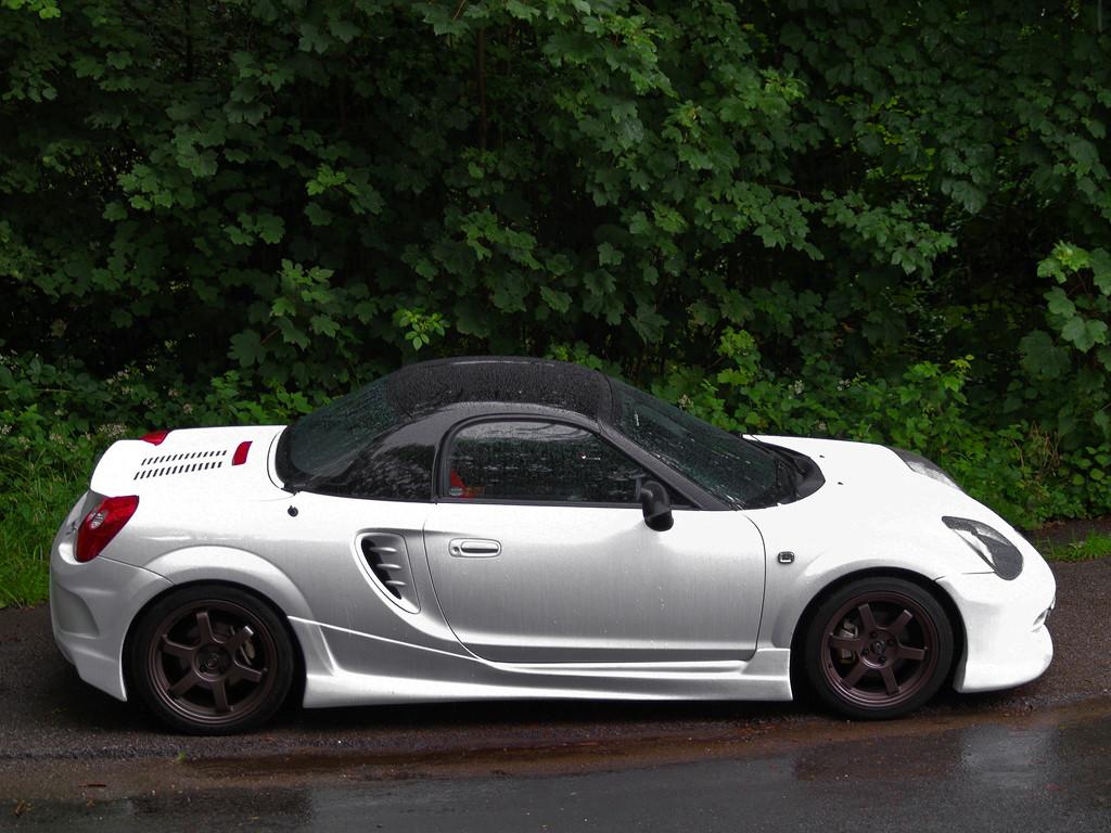 Toyota MR2, ZZW30, ściągany dach, japońska motoryzacja, foto, modyfikacje, sport, チューニングカー