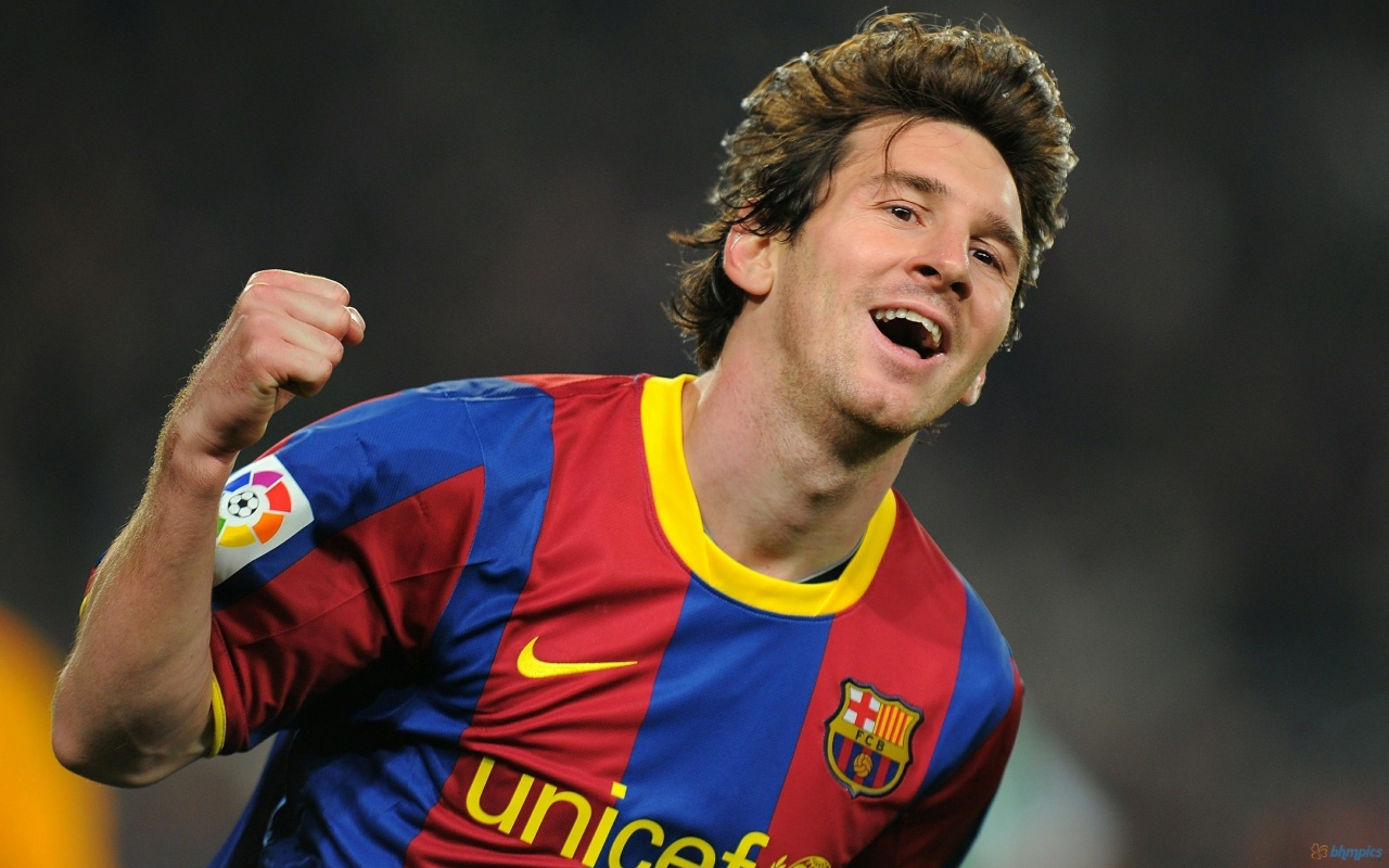 lionel messi best soccer player in Is lionel messi the best player of all time brian glanville is not convinced.