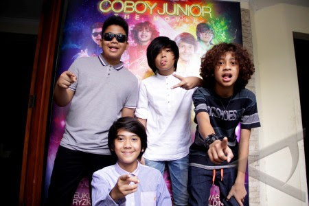 Download Lirik Lagu Coboy Junior - Terhebat | Profil ...