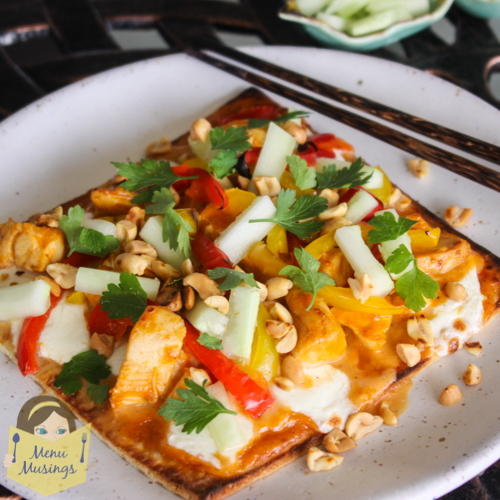 Menu Musings of a Modern American Mom: Thai Chicken Flatbread Pizza