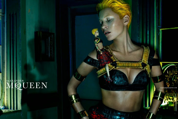 http://www.syriouslyinfashion.com/2014/01/kate-moss-for-alexander-mcqueen-ss-2014.html
