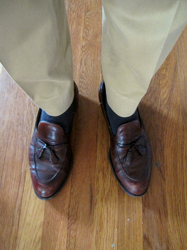 Brown Shoes With a Black