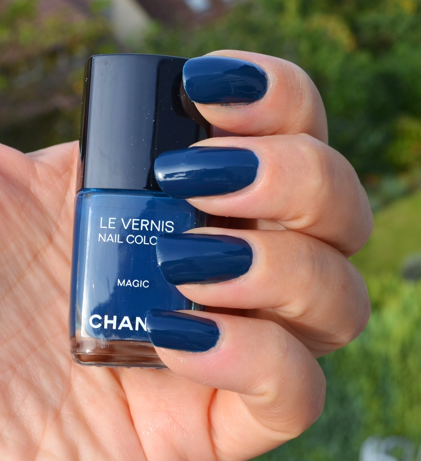 Chanel Le Vernis Cosmic & Magic, Vogue Fashion Night Out 2013 Nail ...