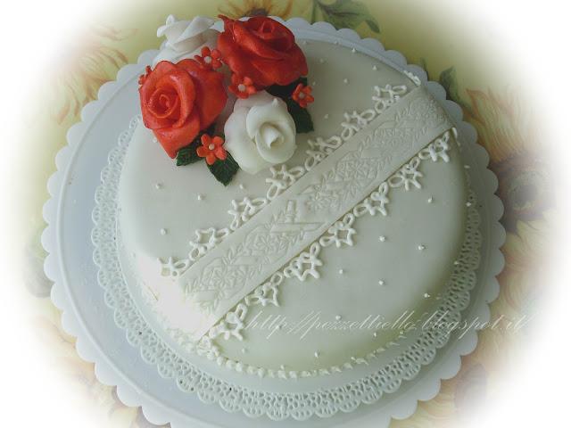 (PDZ-SAP) Torta pizzo romantica con rose arancio e bianche