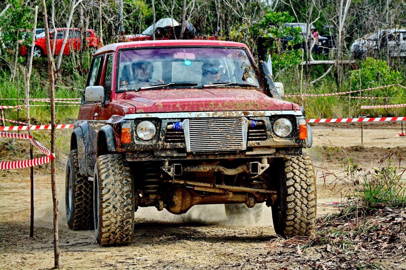 "Sepadu 4x4 Team Nissan Y60 ""The Big Face"""