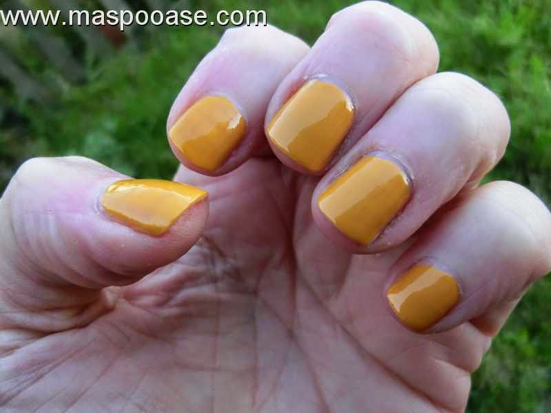 Barry-M-Gelly-Mustard-swatch