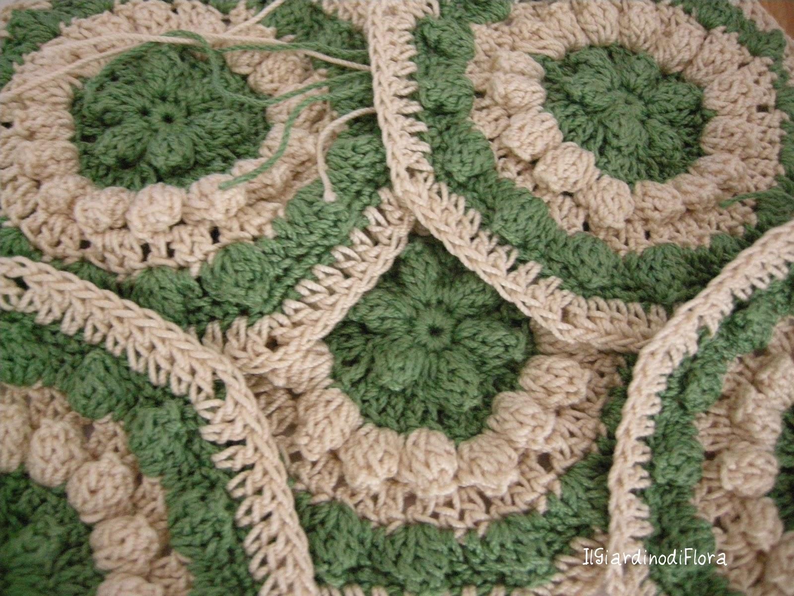 Il giardino di flora uncinettose evasioni ed altro: piastrelle
