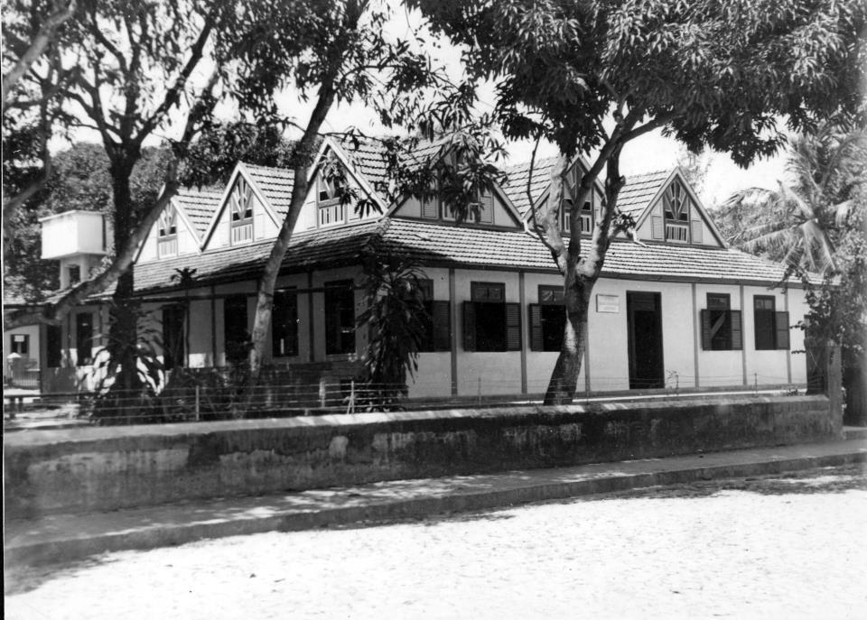 Essa casa era no local onde hoje é o prédio que abriga