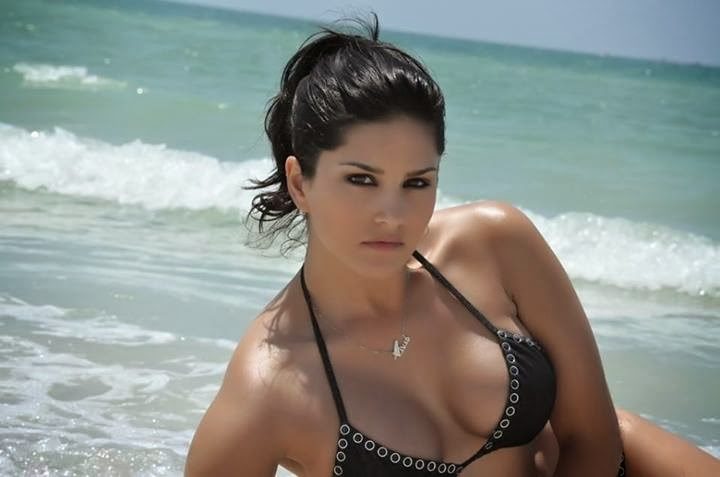 Pornographic Actress Sunny Leone Sey Nude Pictures