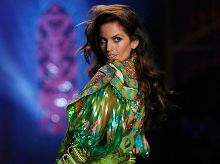 Victoria's Secret Fashion Show 2014 Izabel Goulart