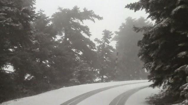 Έπεσαν τα πρώτα χιόνια στην Πάρνηθα! (ΦΩΤΟ)