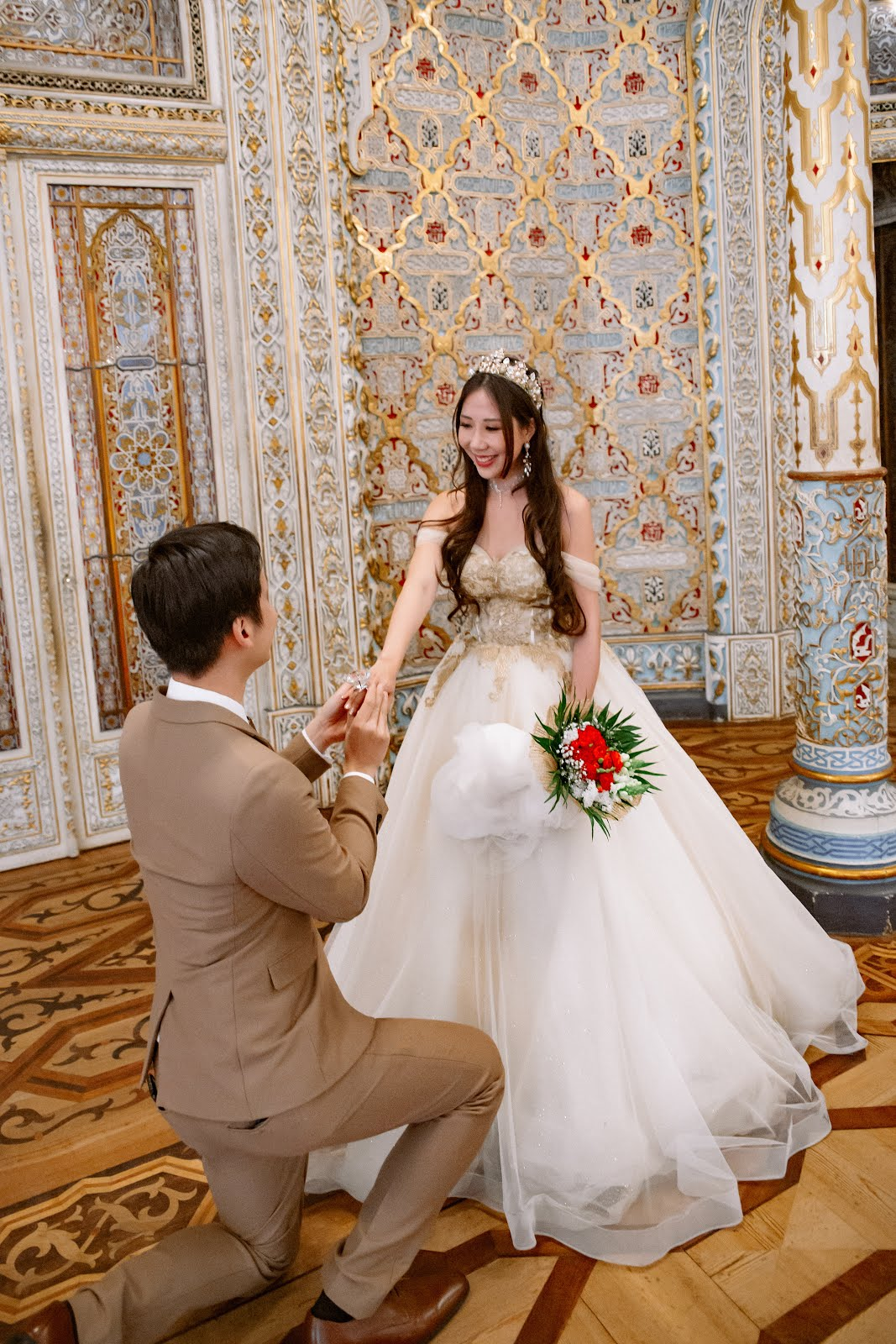 Dr VT & Sara Shantelle Lim's Pre-Wedding Photos at BOLSA PALACE Portugal (PART 1)