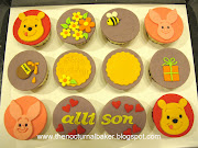 Here are some 2D cupcakes of Winnie the Pooh and Piglet.