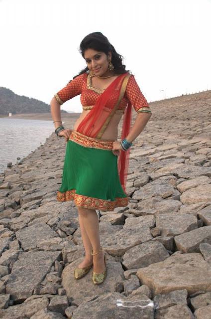 Hardhika Shetty Stills From Kadhali Kanavillai Tamil Movie