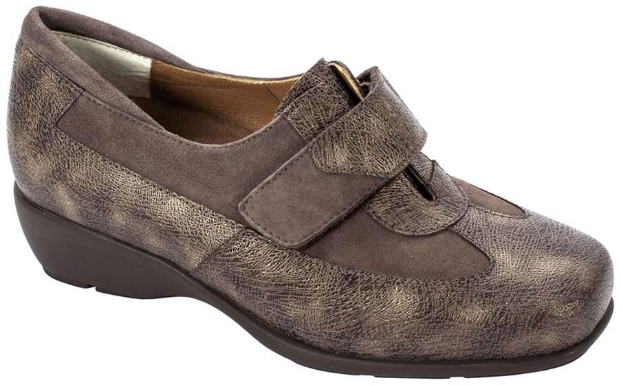 Zapatos Ortopédicos Fotos de archivo Imagen 14762823