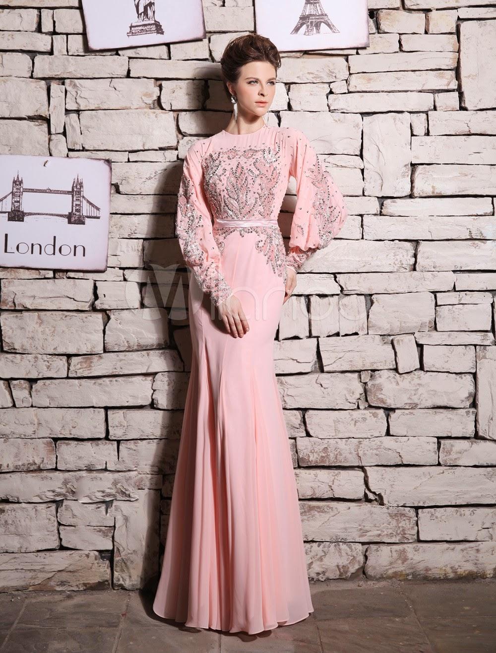 Robe fascinante de soirée rose sirène col rond et perles