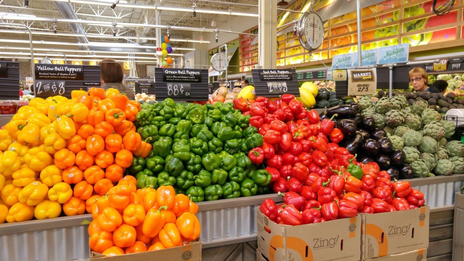 Fresh Fruits And Vegetables Farmers Market Nutritious feast: fresh ...