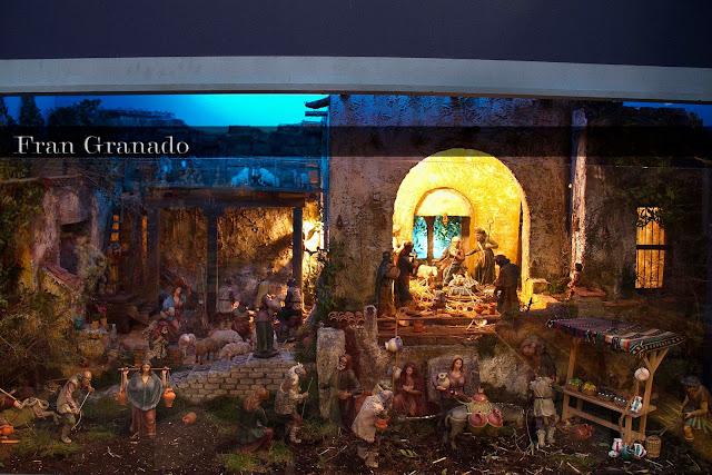 http://franciscogranadopatero35.blogspot.com/2013/12/fotografias-portal-de-belen-hdad-de-la_11.html