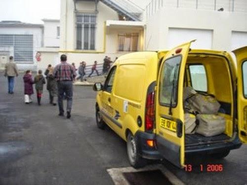 cole l mentaire jean jaur s saint nazaire notre visite la banque postale le 13 janvier 2006. Black Bedroom Furniture Sets. Home Design Ideas