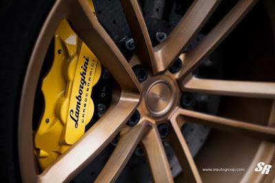 Lamborghini Aventador Preta